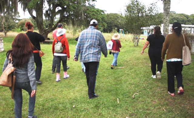 Maria Natividade Lima orienta a experiência do Intercâmbio