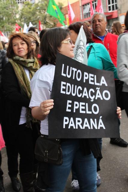 Ato em apoio aos professores_5 de maio (42)